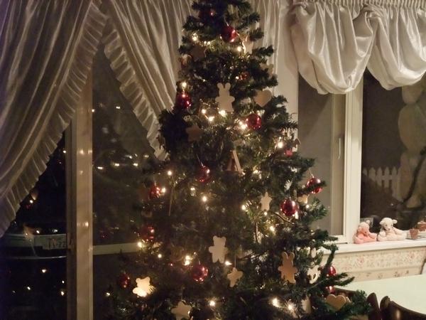xmas-tree3-web600.jpg