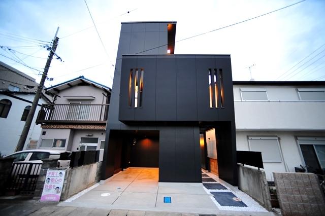 注文住宅 モダン住宅 滋賀県 大津市 膳所 一級建築士事務所 狭小住宅 デザイナーズ住宅 かっこいい家 黒い外壁の家