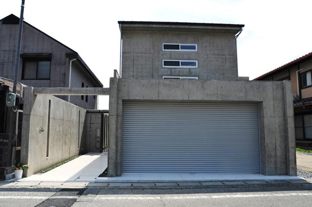 世界に一つだけ こだわりの家 京都市 北区 上賀茂 家づくり モダン デザイン おしゃれ かっこいい 鉄筋コンクリート打ちっぱなし 注文住宅 デザイナーズ住宅 一級建築士事務所 ガレージハウス