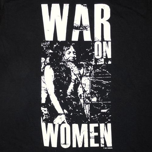 waronwoman-improvisedweapons.jpg