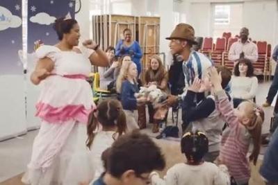 【芸能人サプライズ】子供達のために力を尽くしているファレル・ウィリアムスの大ファンにビックサプライズ!