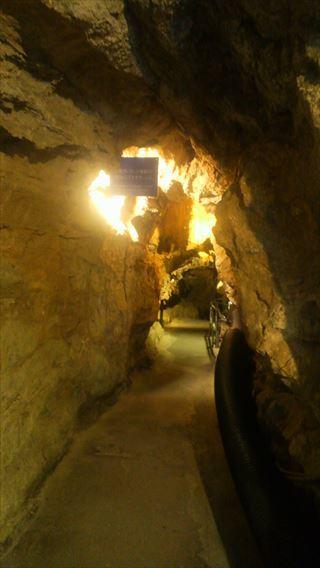 竜ヶ岩洞通路1