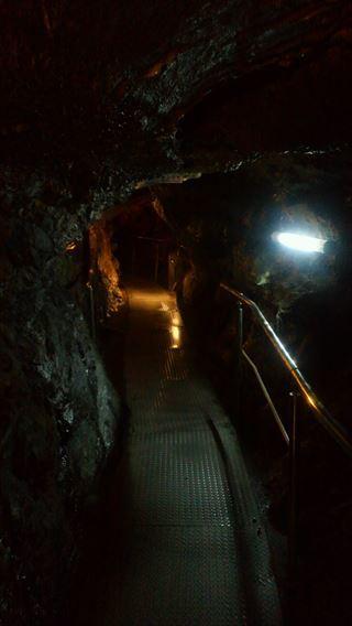 竜ヶ岩洞通路2
