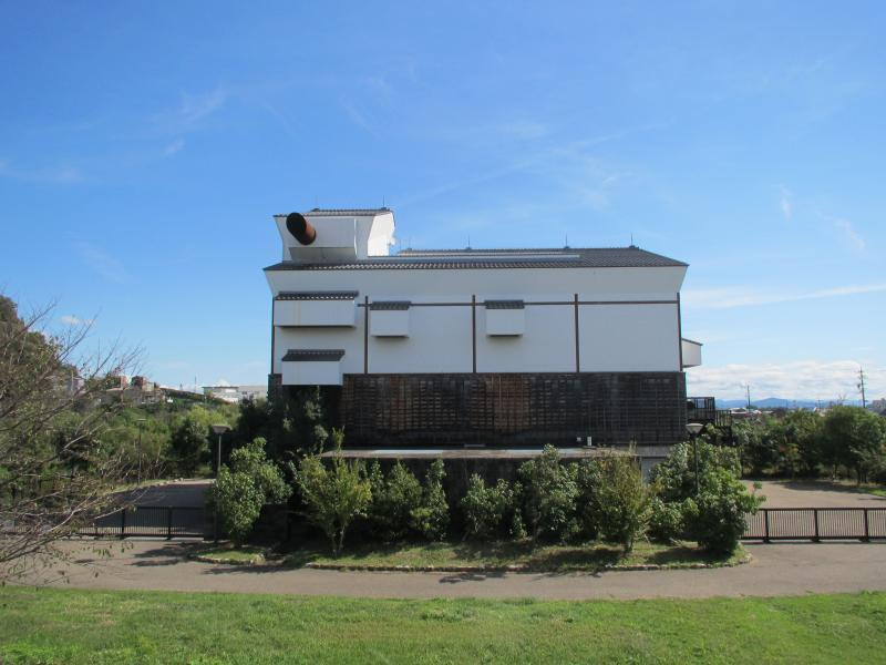 三井山8建物