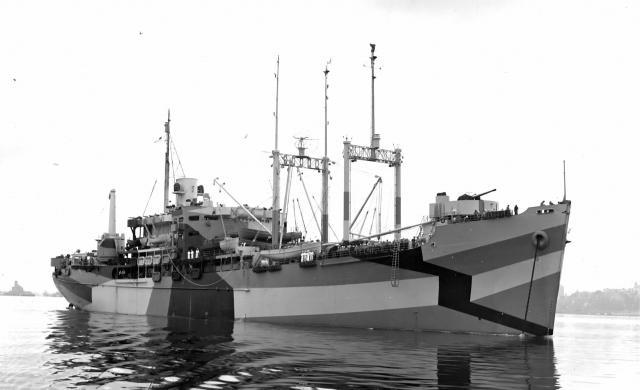 USS_St_GeorgeAV16_convert_20171116215805.jpg