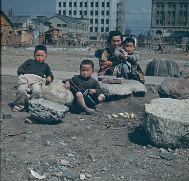 終戦間もない頃のカラー写真 - 日本の為に戦ってくれた英霊を忘れない