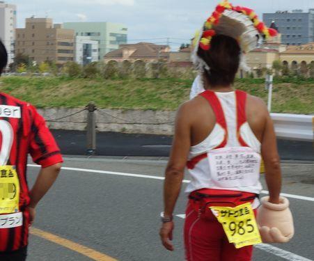 東日本大震災からの復興を誓うランナー