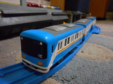 京阪800系でも・・・。