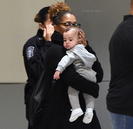 janet-jackson-with-baby.jpg