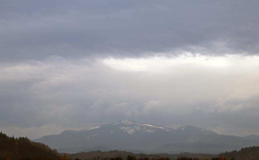 20171114昼の栗駒山