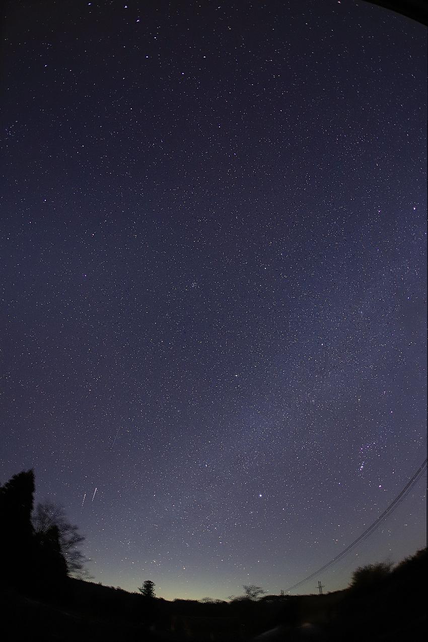 20171122冬の星座と春の星座の間を流れる天の川