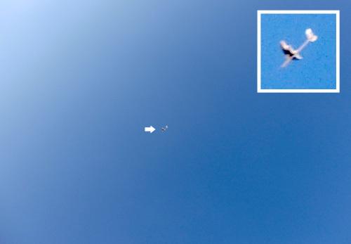 ケントウロス・ワン、飛んでるトコ。 その2!
