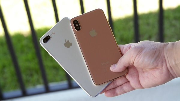 375_Apple-iPhone8_images 003
