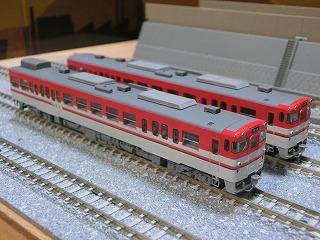パーツ取付前の「TOMIX キハ47-500形(新潟色・赤)セット」