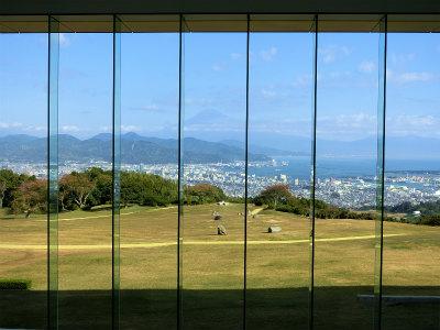 日本平ホテル富士山見えた