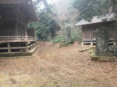八幡神社後方にある土塁の残滓