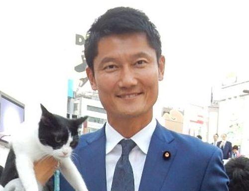 参議院議員 朝日健太郎先生 500