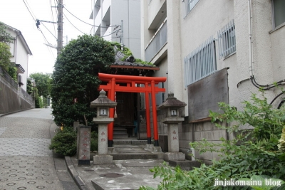 繁榮稲荷神社(新宿区岩戸町)1