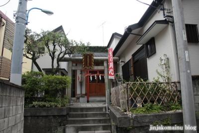両社稲荷神社(新宿区榎町)1