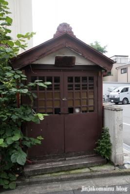 稲荷神社(新宿区原町)1