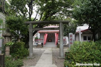 出世稲荷神社(新宿区余丁町)1