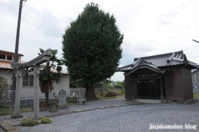 稲荷神社(久喜市久本寺)1