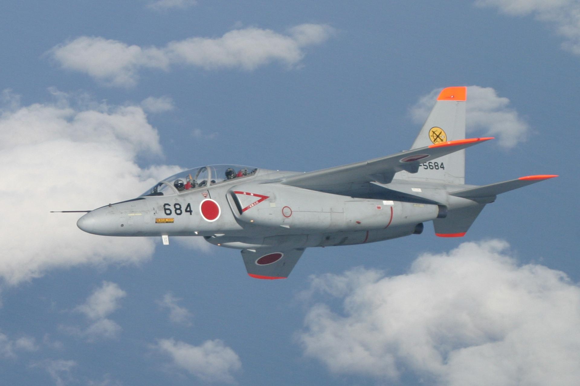 航空自衛隊T-4