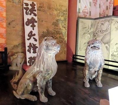 神廟拝所の木造狛犬鎌倉時代