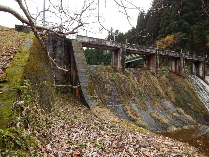 DSCN4074加茂水源池第一ダム