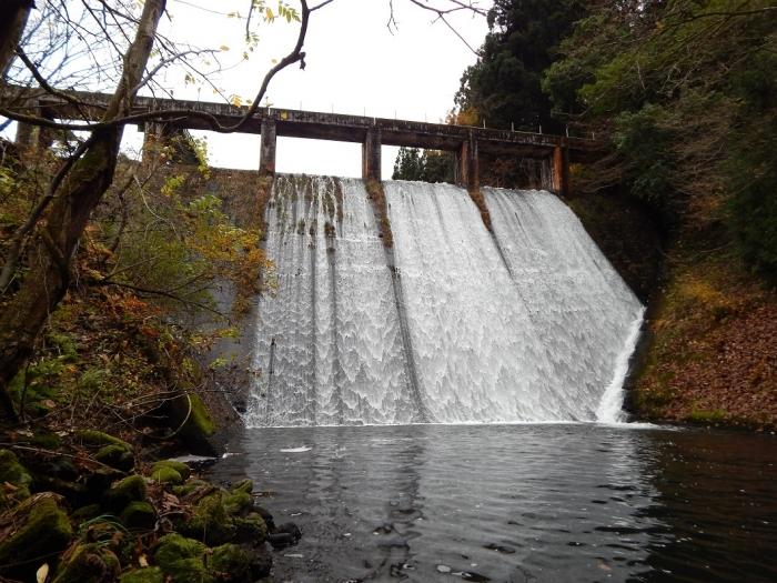 DSCN4120加茂水源池第一ダム