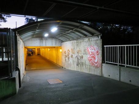 港町架道橋08