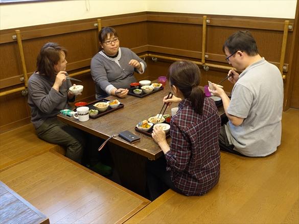 ラベ家の食卓4