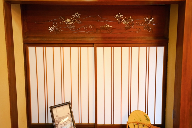 旧大隈重信邸・富士の間(書院障子と欄間)