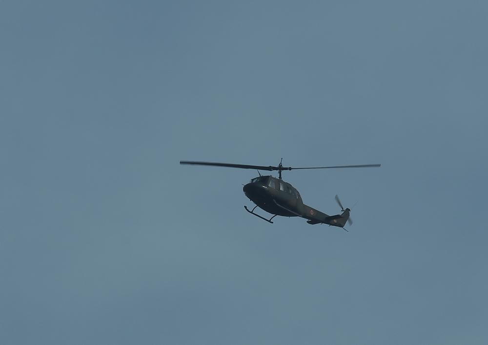 ヘリコプター (2)