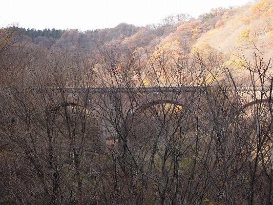 01711めがね橋遠景