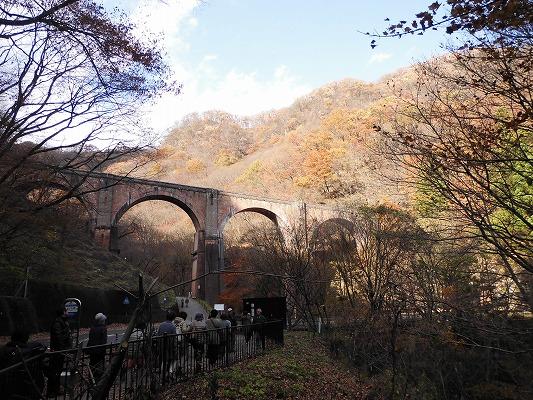 01711めがね橋遠景2