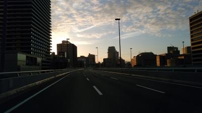 誰もいない阪神高速