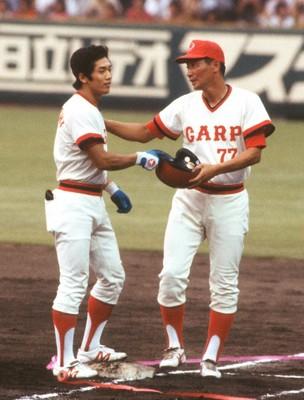 日本新記録の33試合連続安打を達成した高橋慶彦 1979年7月31日