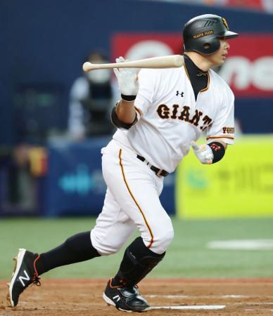 7月27日 巨人-広島 阿部が右中間に2点二塁打