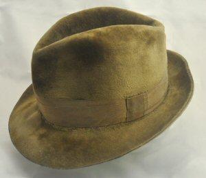 07 300 velour hat