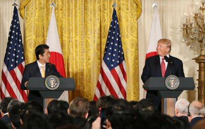 02 400 Trump Abe