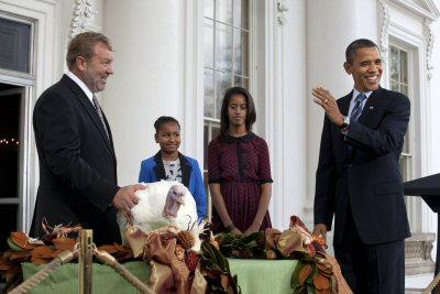 04 400 Obama pardens turkey