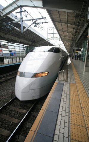 02 300 Hikari A300Series