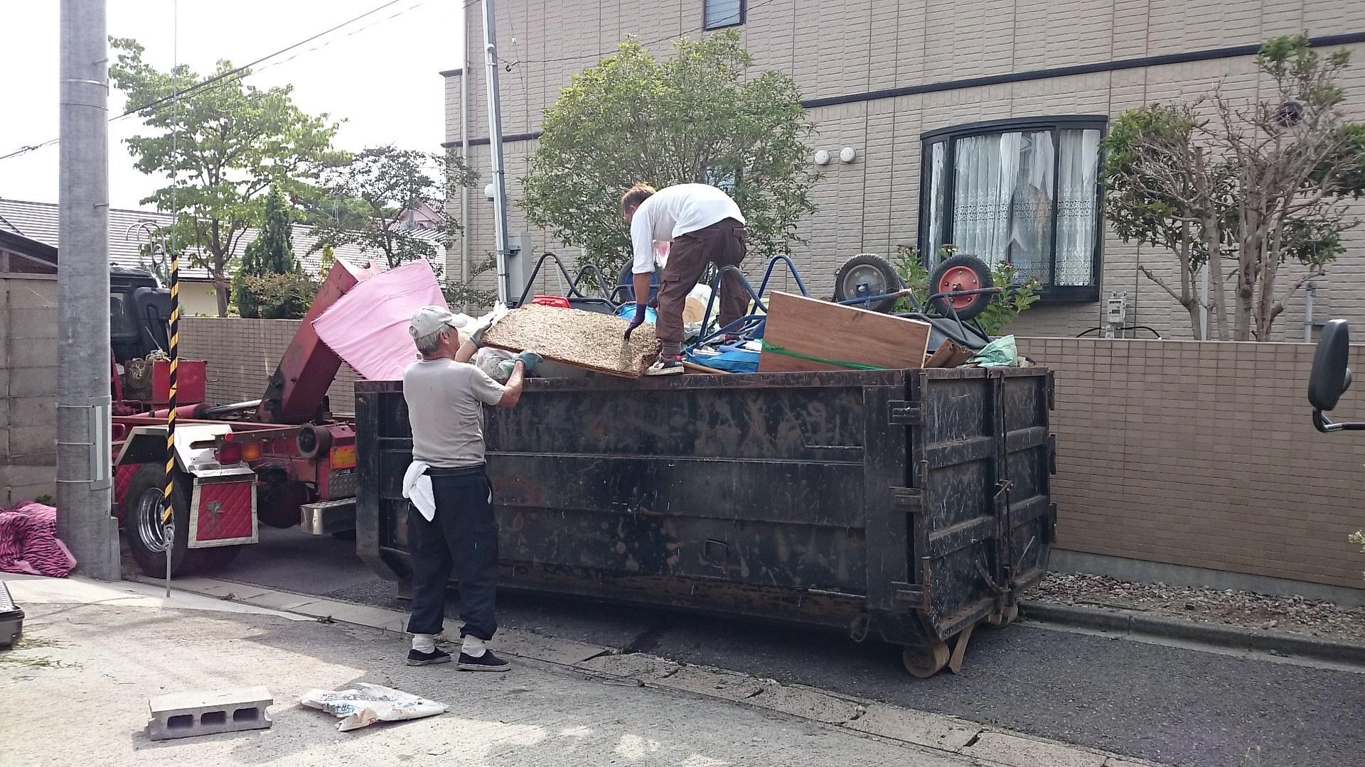 4t車で不用品回収