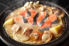 鮭とホタテのアーモンドミルク味噌鍋