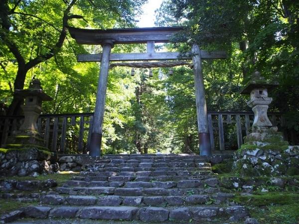 白山神社(2)