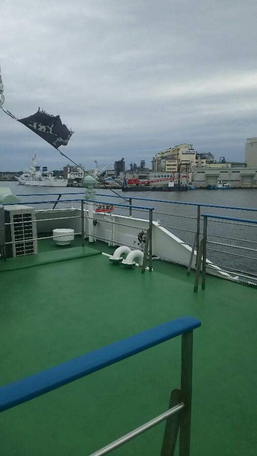 猛ダッシュ!観光船で松島へ