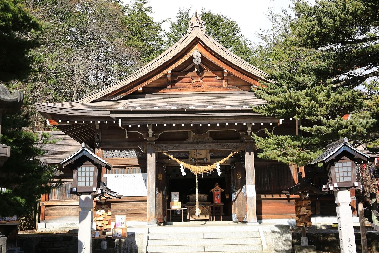 2017 11 24 ブログ 温泉神社 本殿.jpg