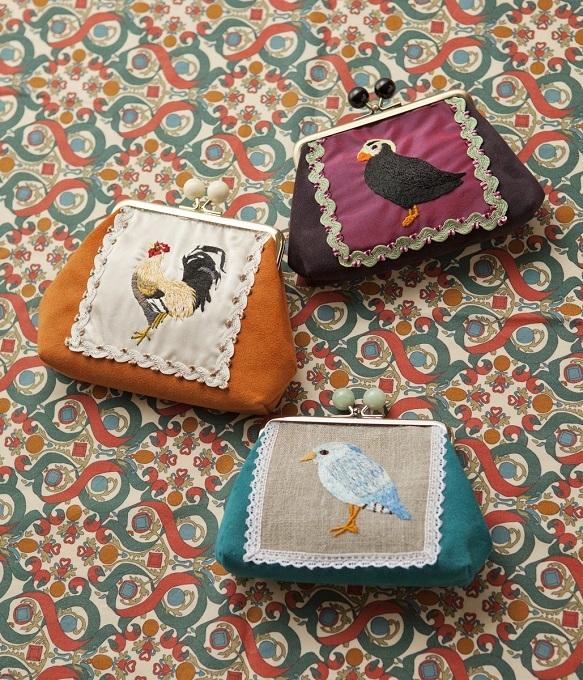 華やかな鳥たち刺繍がま口3種