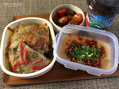 獅子唐と挽肉のチヂミ弁当